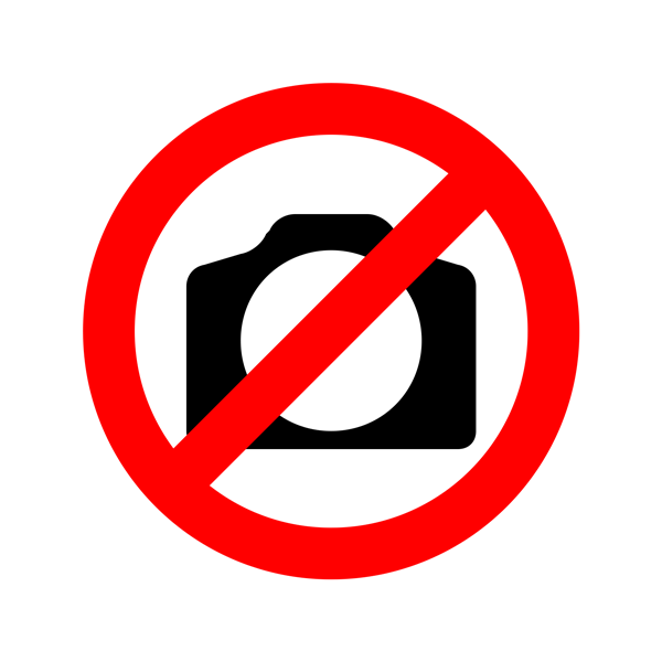 Errores comunes que cometemos al viajar No chequear bien tu documentación Creative Commons Jordan Madrid Unsplash